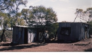 koroit-opal-mine-Sanfords humble hut-Koroit opal fields