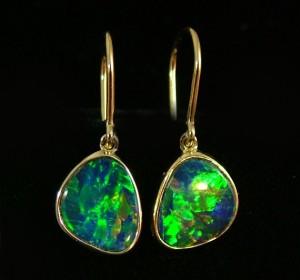 opal-earrings-matching opal doublets in gold