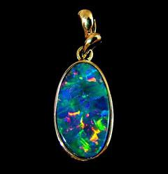 Opal Pendant 4255