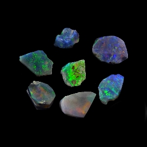 Opal Rough 8300