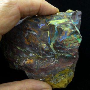 opal specimen 8514