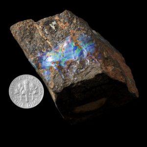 opal specimen 8516