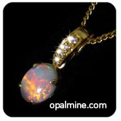 Opal Pendant 4027