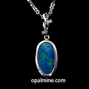 opal pendant 4278