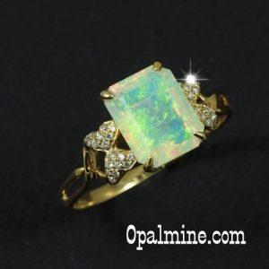 Opal ring 5518