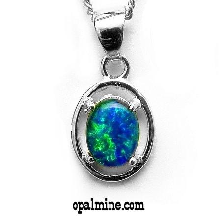 Opal Pendant 9001