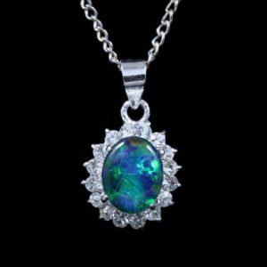 4006-opal-pendant-2