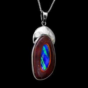 4007-opal-pendant-boulder