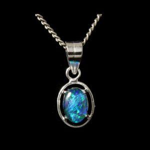 4013-opal-pendant-2