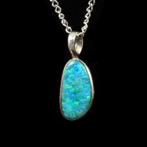 4108-opal-pendant