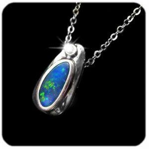 4122-opal-pendant-3