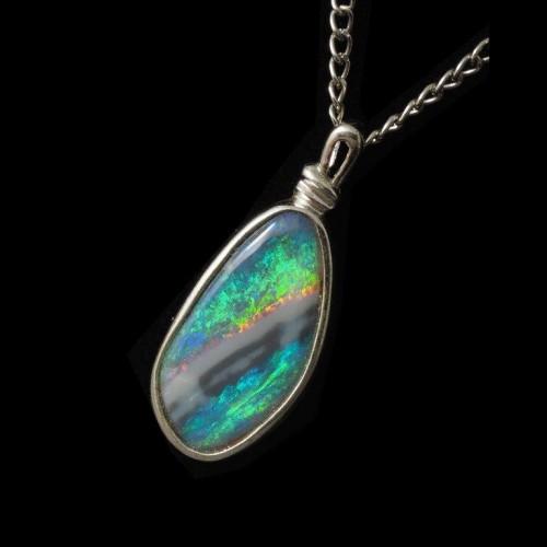 4132-opal-pendant-black-opal-4