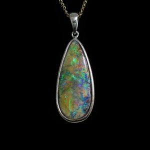 4245-opal-pendant-28x12-5