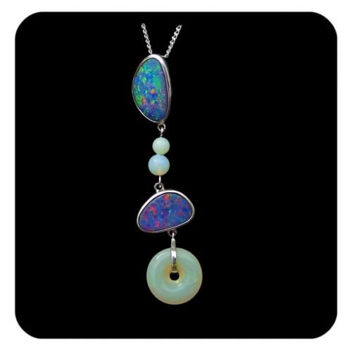 4247-crystal-opal-pendant