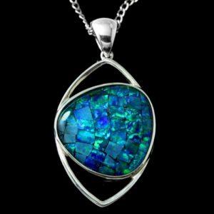 4312-opal-pendant-20x20