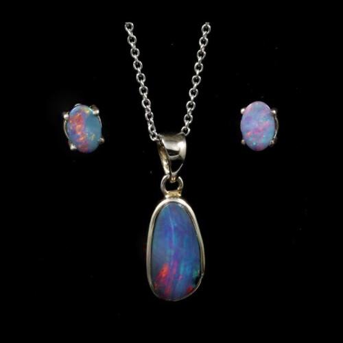 9046-opal-pendant-earrings-set-2