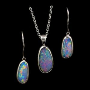 9047-opal-pendant-earrings-set