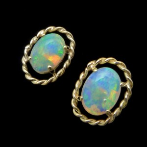 beautiful-opal-earrings-for-sale- crystal opal set in yellow gold