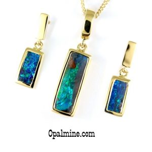 black-opal-pendant and earring set- rectangle boulder opals