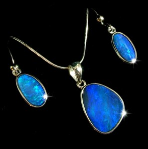 opal-jewelry-settings-description-matching opal doublet set